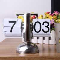 Настольные электромеханические часы с перекидным циферблатом в ретро стиле