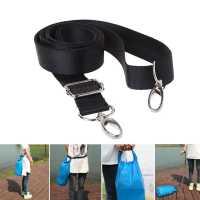 Регулируемый наплечный  ремень с металическими карабинами для крепления сумки рюкзака камеры фотоаппарата и т.д.